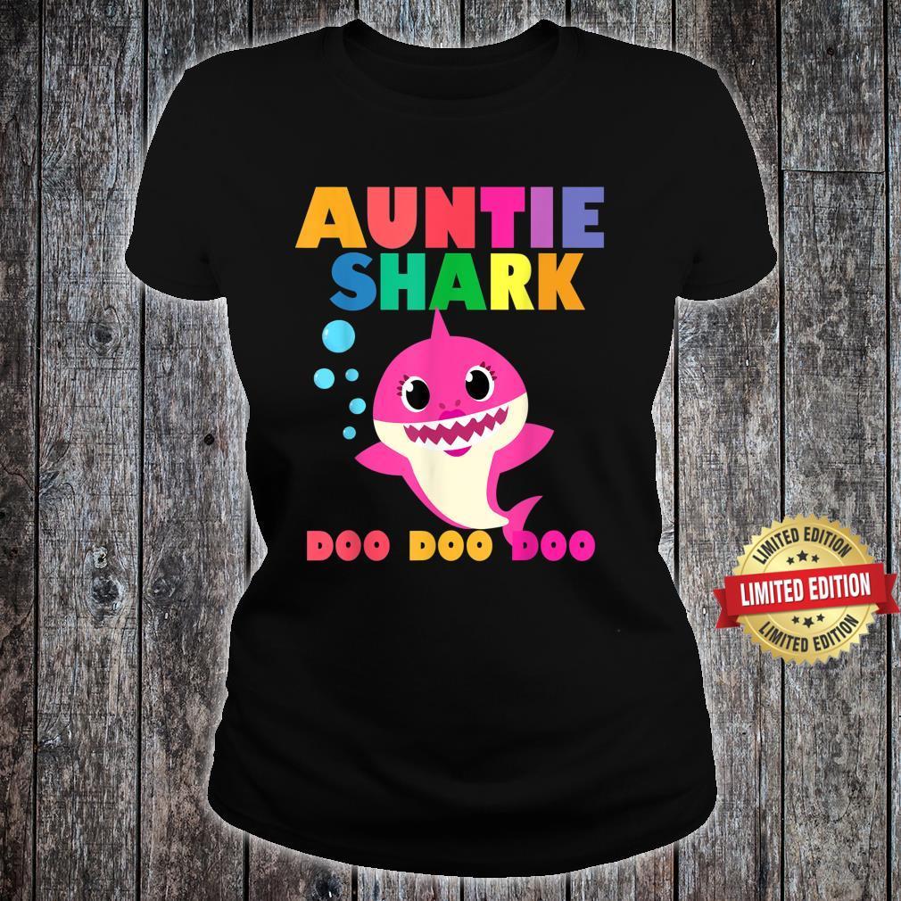 Auntie Shark Doo Doo Baby Mommy Daddy Shirt ladies tee