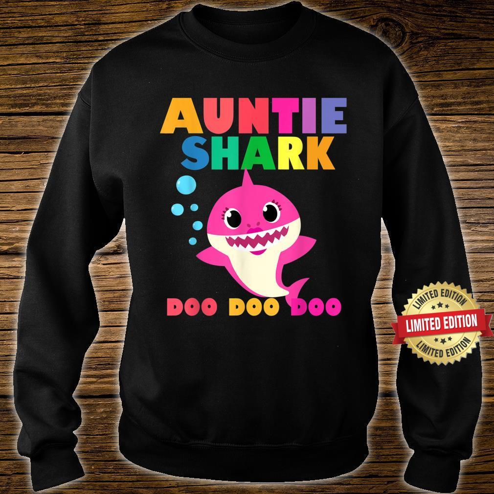 Auntie Shark Doo Doo Baby Mommy Daddy Shirt sweater